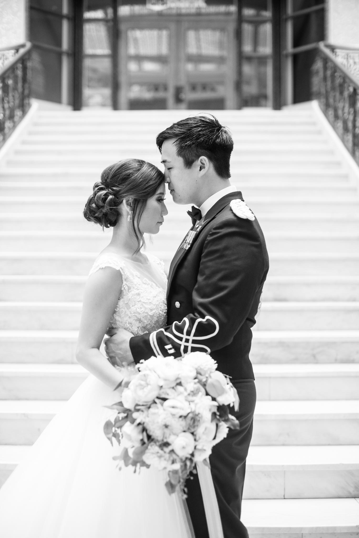 Downtown Chicago Wedding Photographer-153.jpg