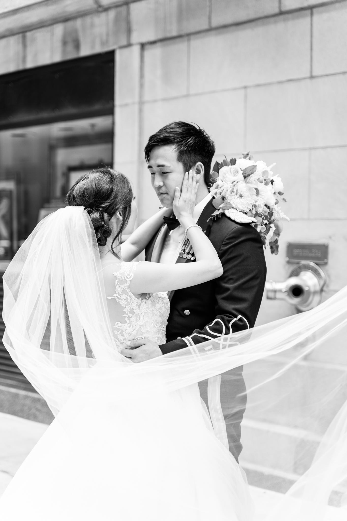 Downtown Chicago Wedding Photographer-160.jpg