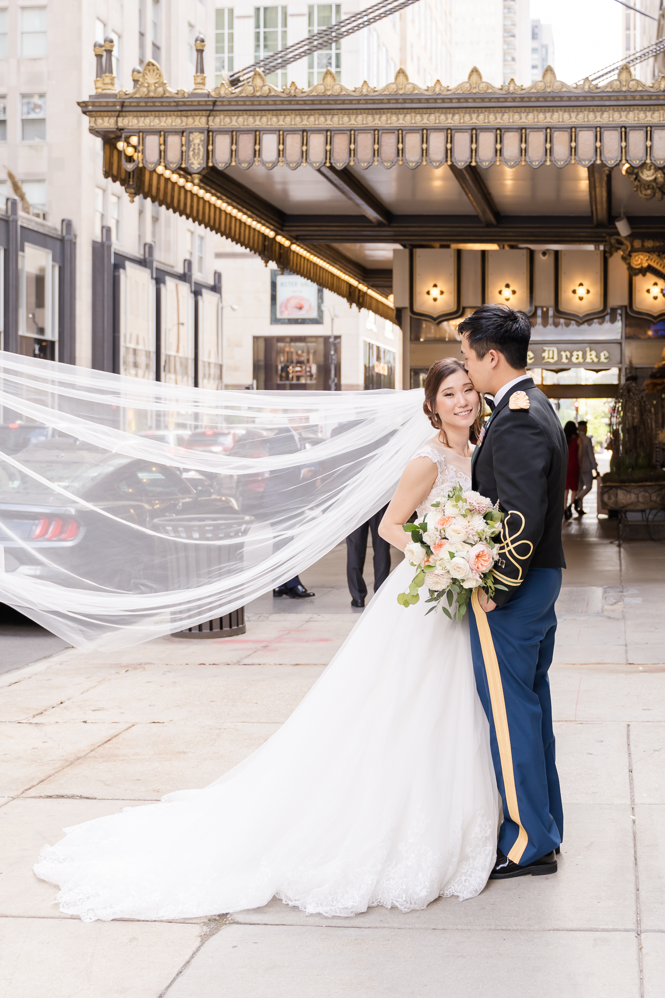 Downtown Chicago Wedding Photographer-171.jpg