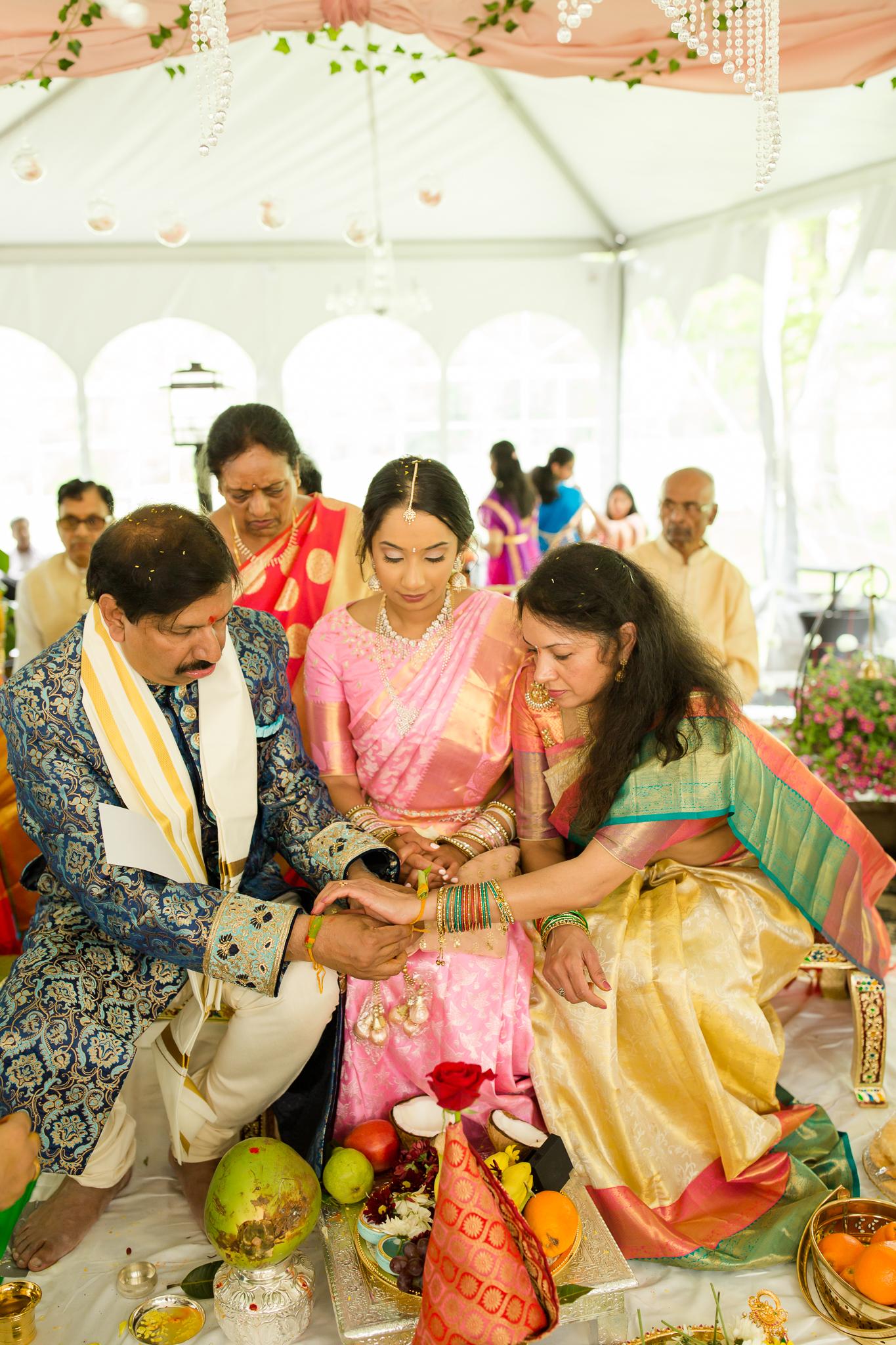 Indianapolis Indian Hindu Wedding Photographer-101.jpg