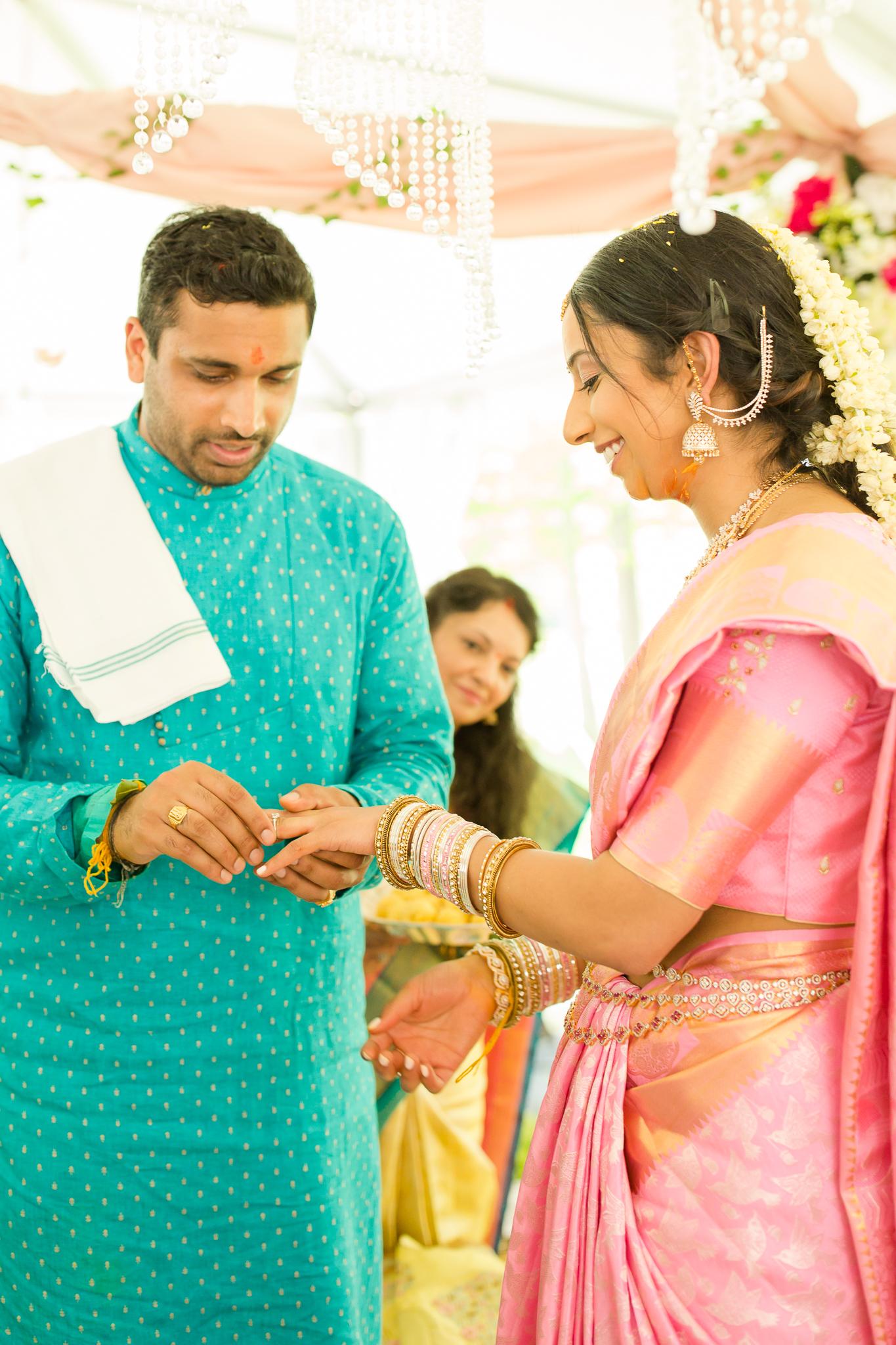 Indianapolis Indian Hindu Wedding Photographer-109.jpg