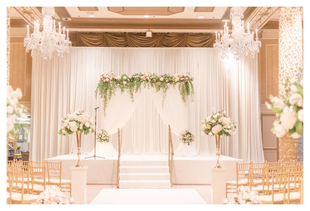 Drake Hotel Gold Coast Room Wedding_0359.jpg