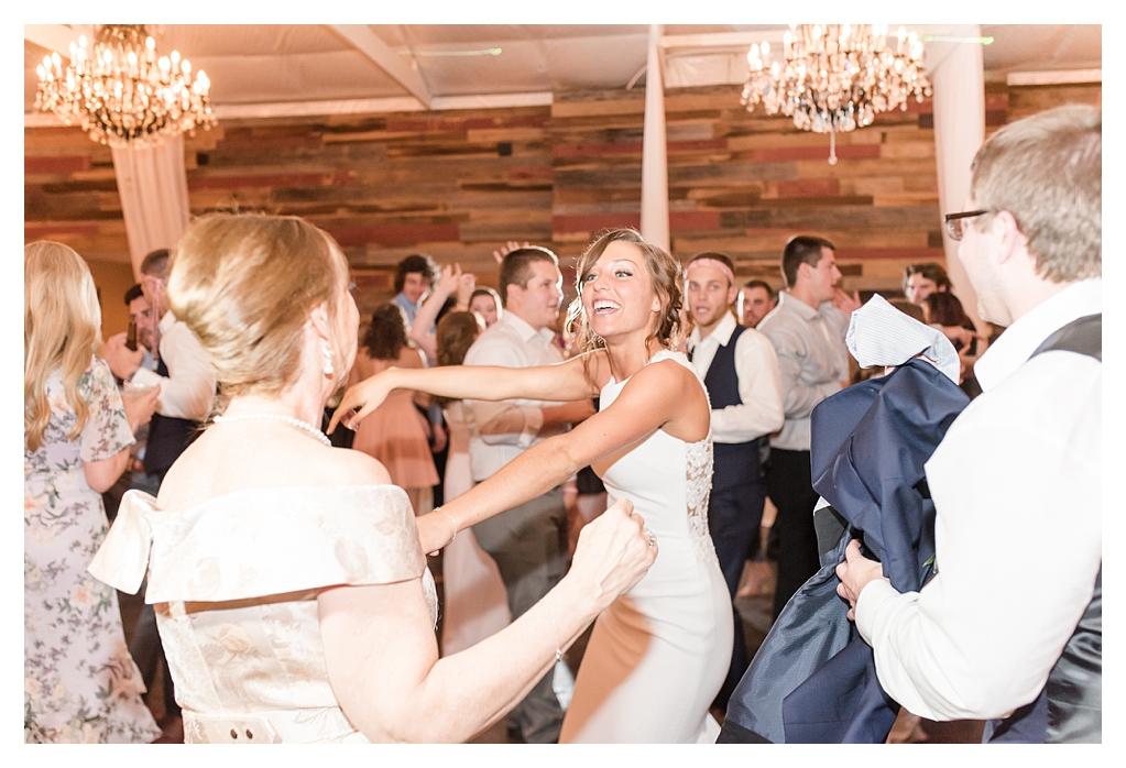 Best Wedding Photographers in Indiana_1372.jpg