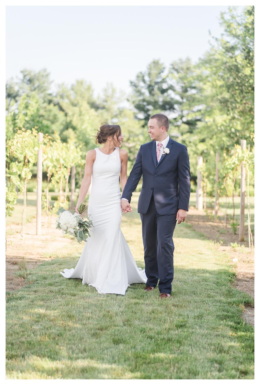 June Vineyard Wedding_1270.jpg