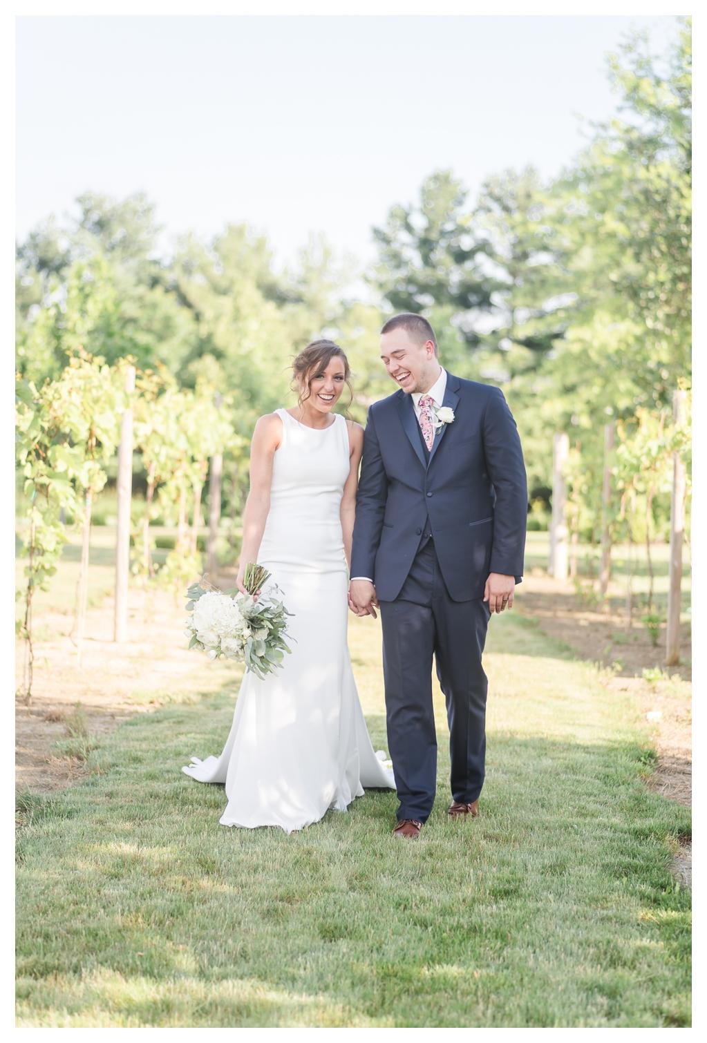June Vineyard Wedding_1271.jpg