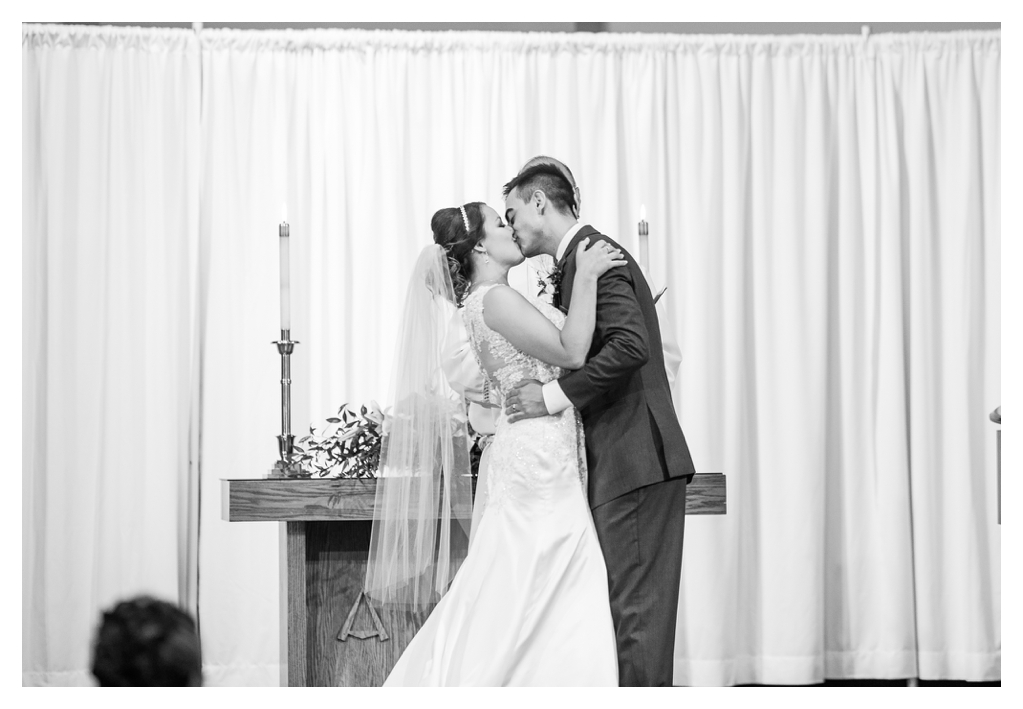Fort Wayne Wedding Photographers_1434.jpg