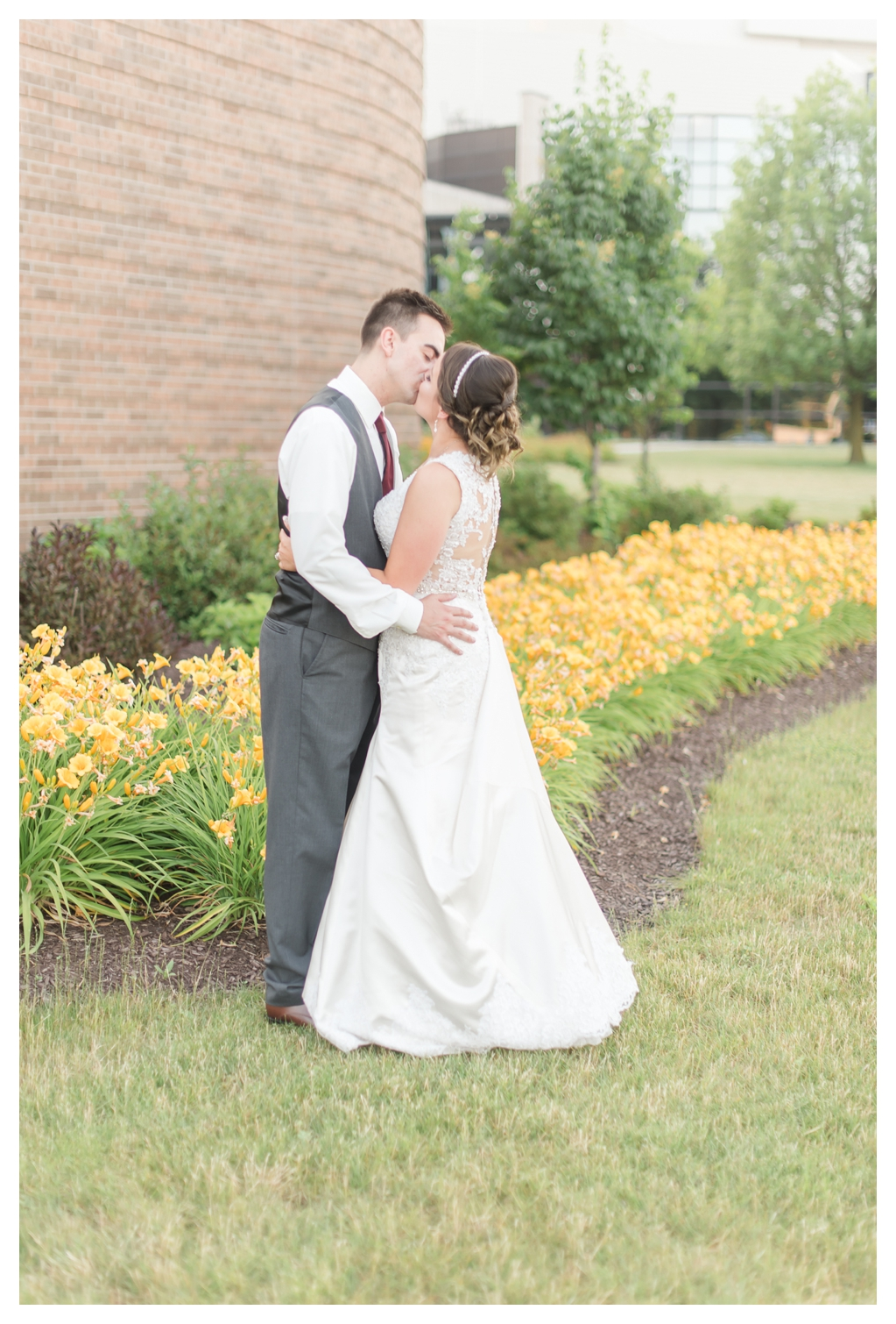 Fort Wayne Wedding Photographers_1476.jpg