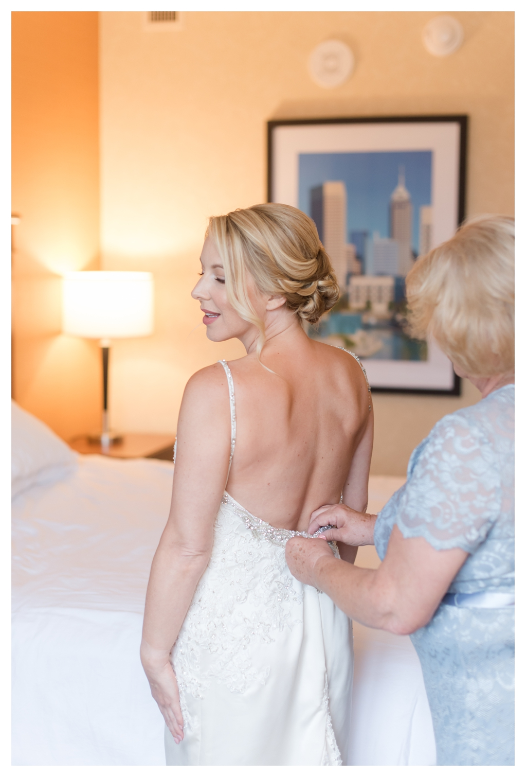 Drury Inn for Getting Ready Photos on a Wedding Day_1484.jpg