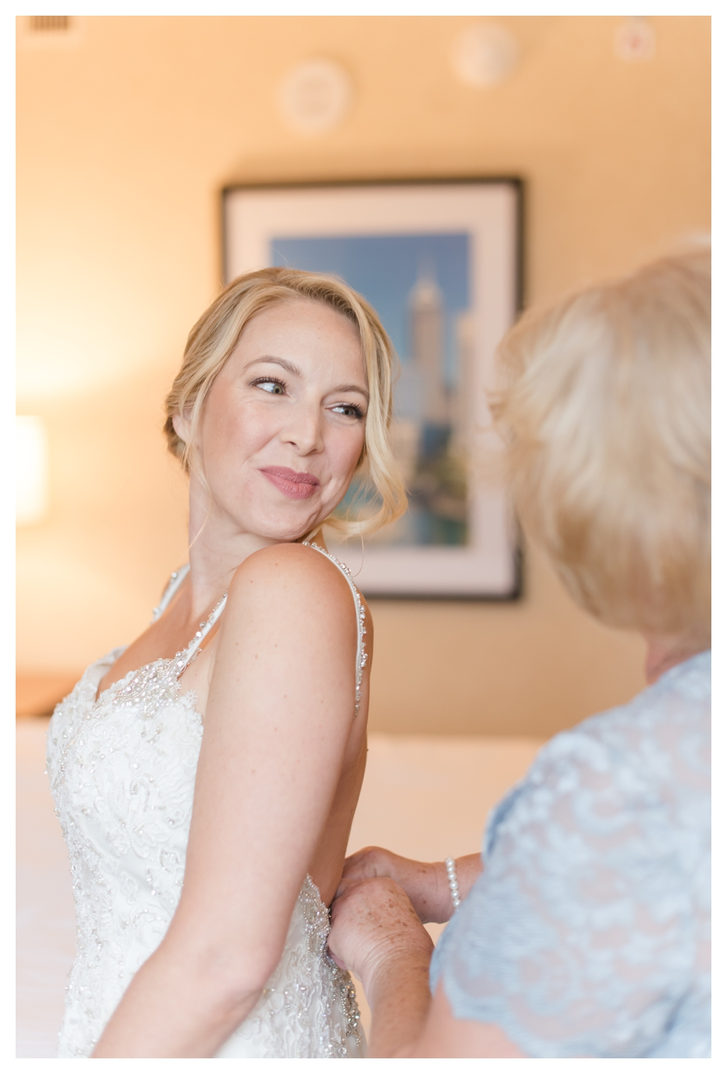 Drury Inn for Getting Ready Photos on a Wedding Day_1488.jpg