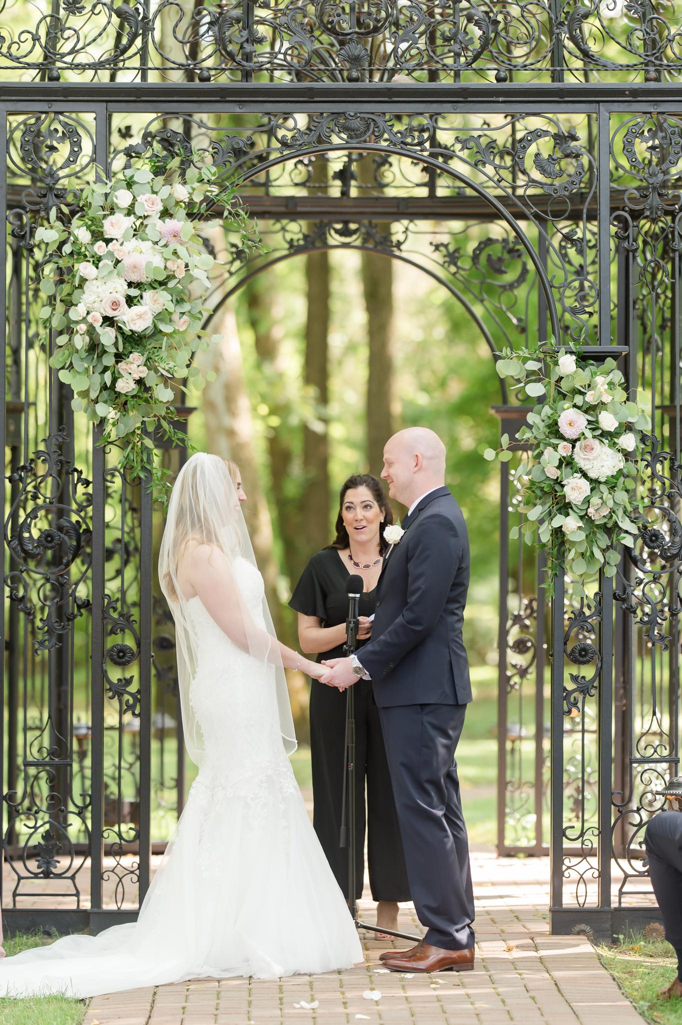 Black Iris Estate Wedding 3052.jpg