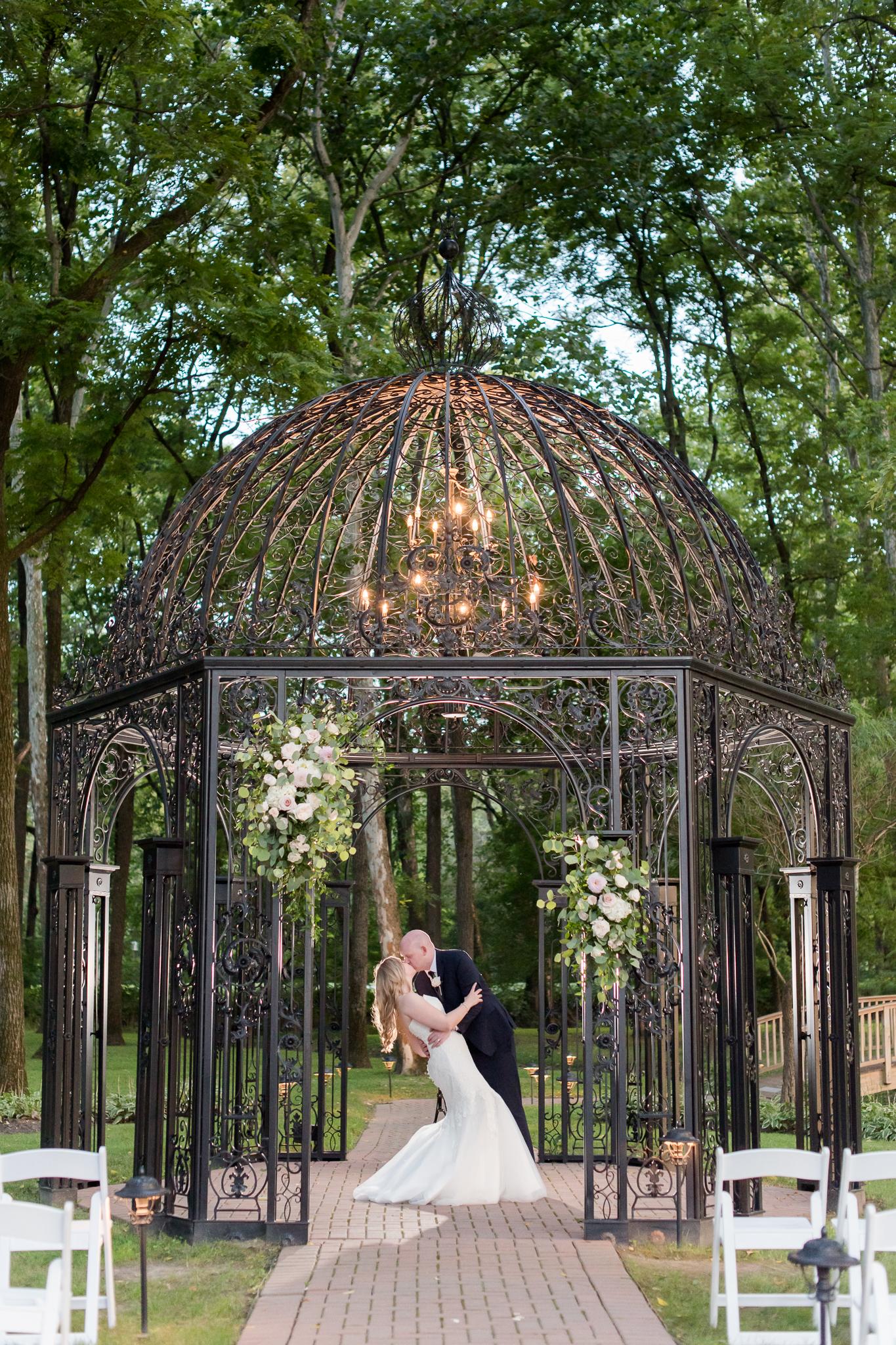Black Iris Estate Wedding 3986.jpg