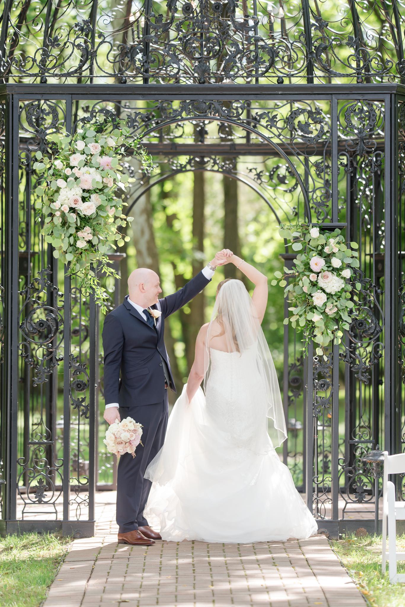 Black Iris Estate Wedding 5970.jpg