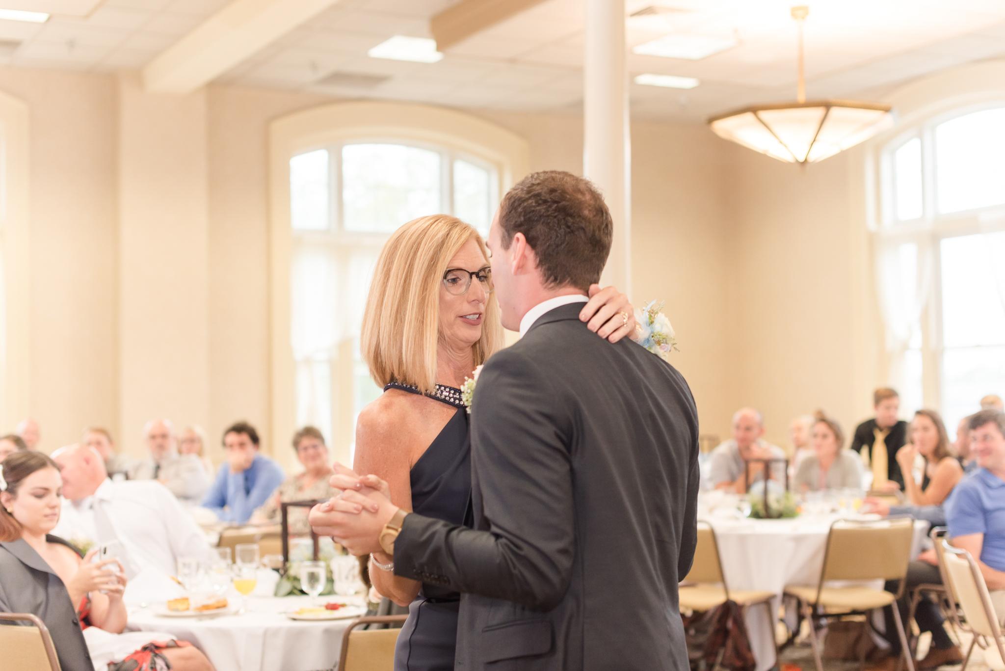 Westminister Hall Wedding Winona Lake Indiana0414.jpg
