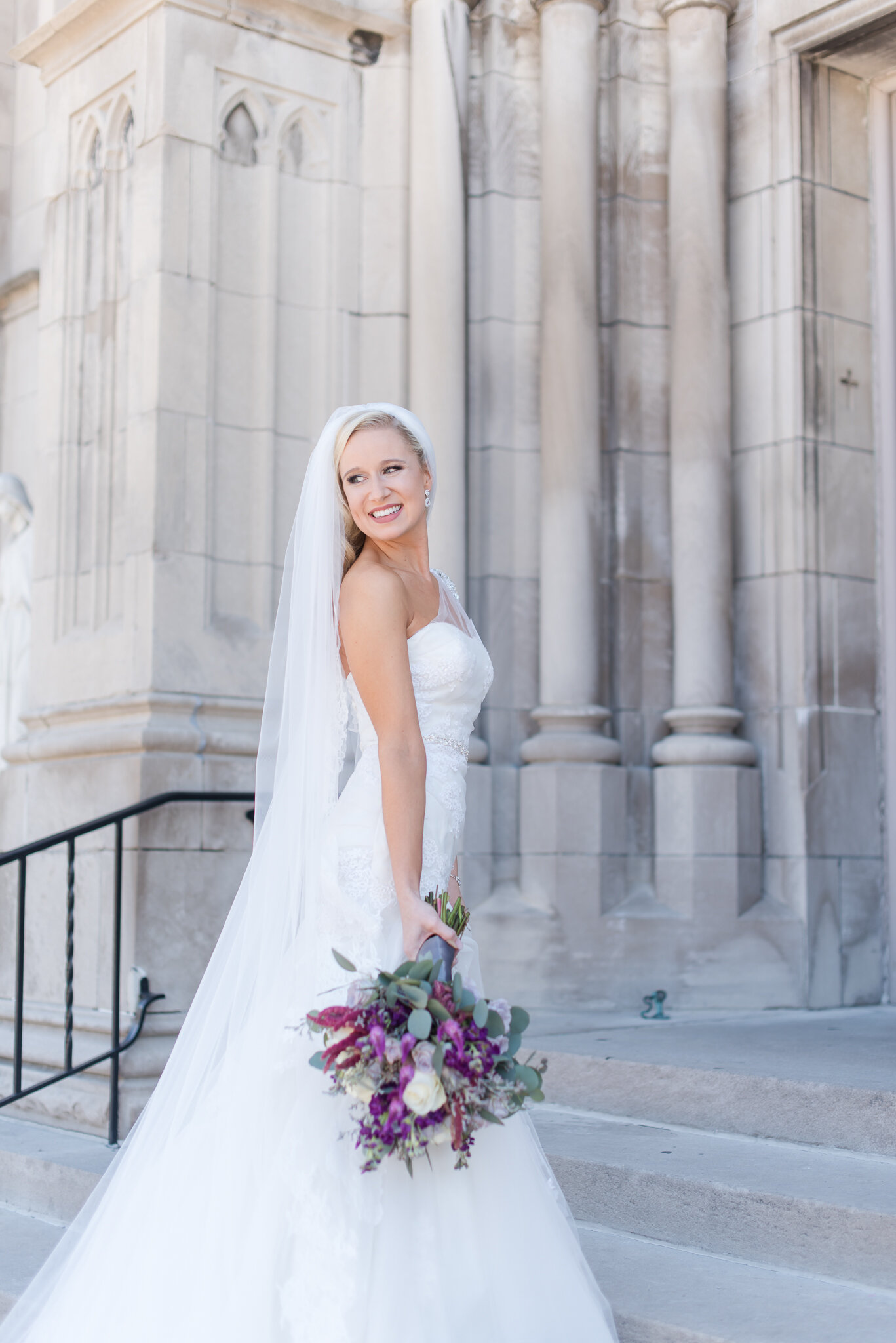 Downtown Indianapolis Wedding at Cyrus Place6541.jpg