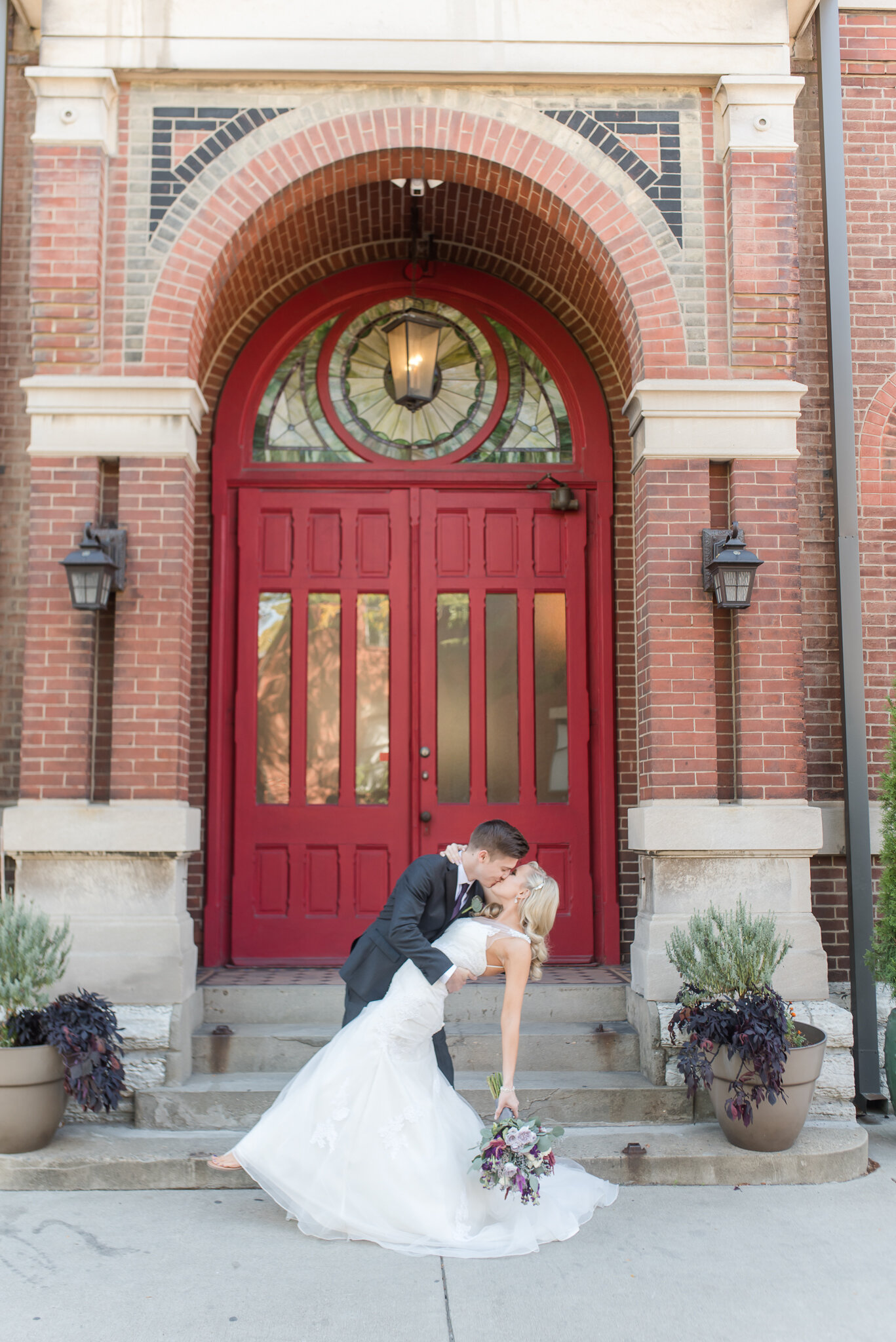 Downtown Indianapolis Wedding at Cyrus Place6589.jpg