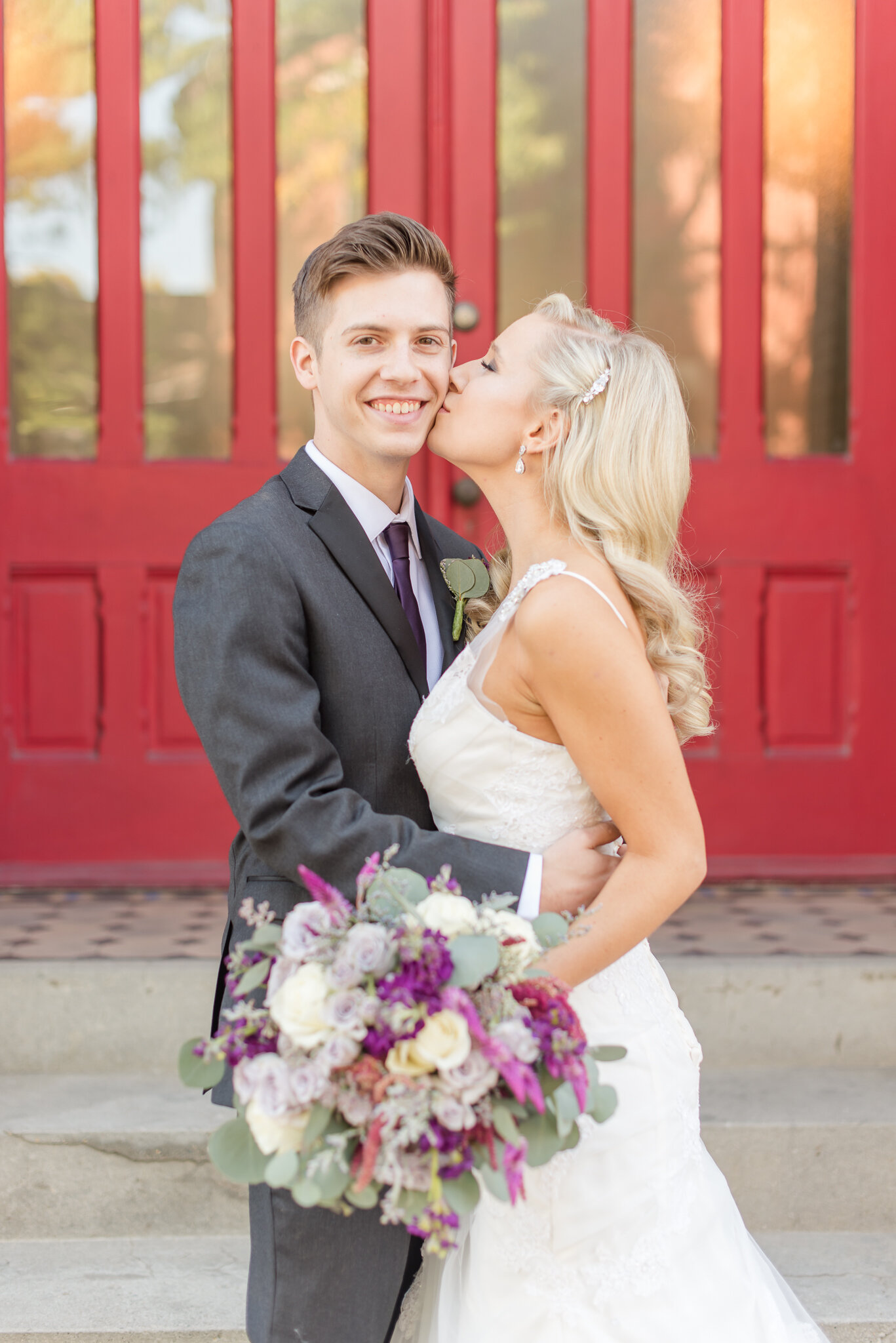 Downtown Indianapolis Wedding at Cyrus Place7528.jpg