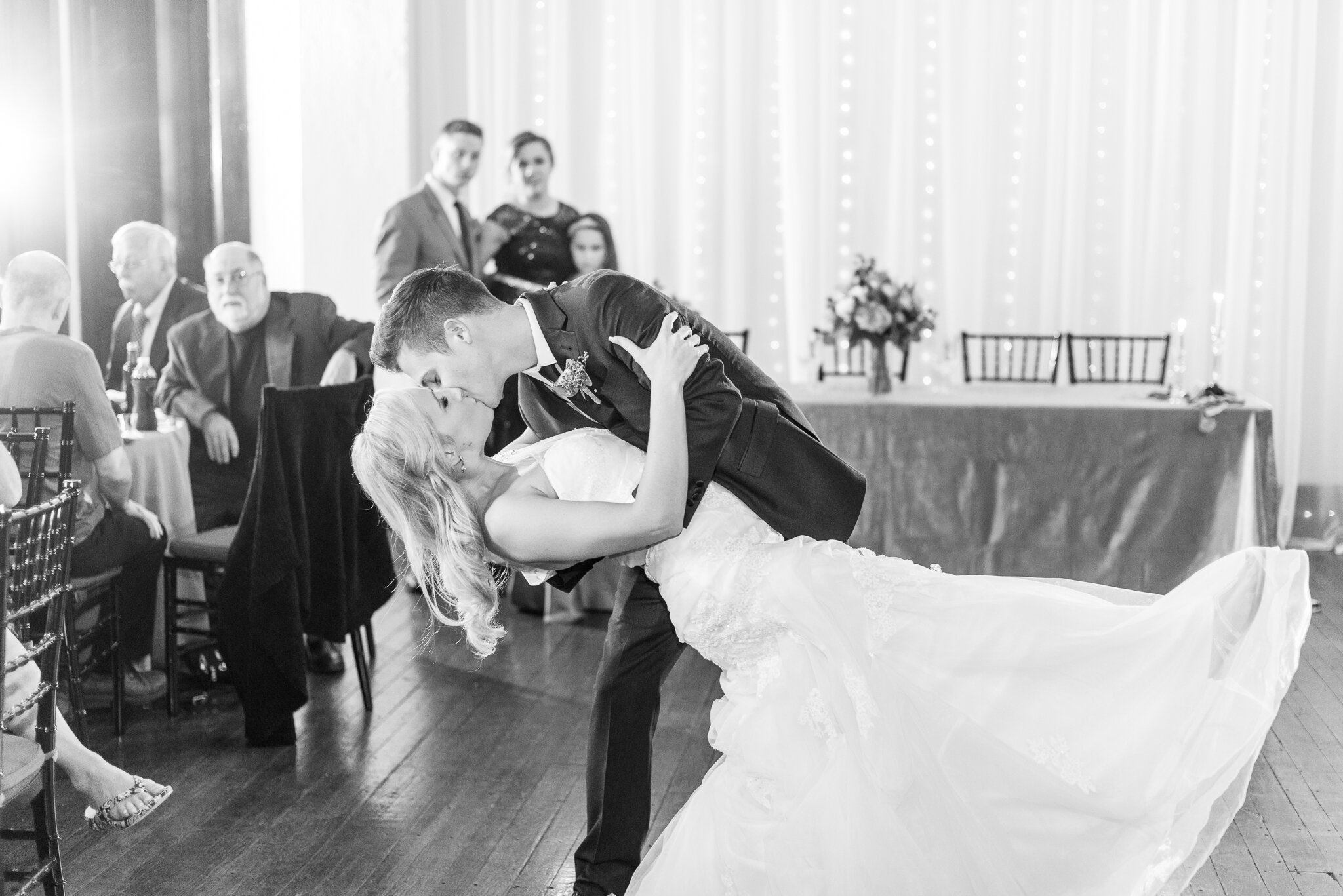 Downtown Indianapolis Wedding at Cyrus Place8069.jpg