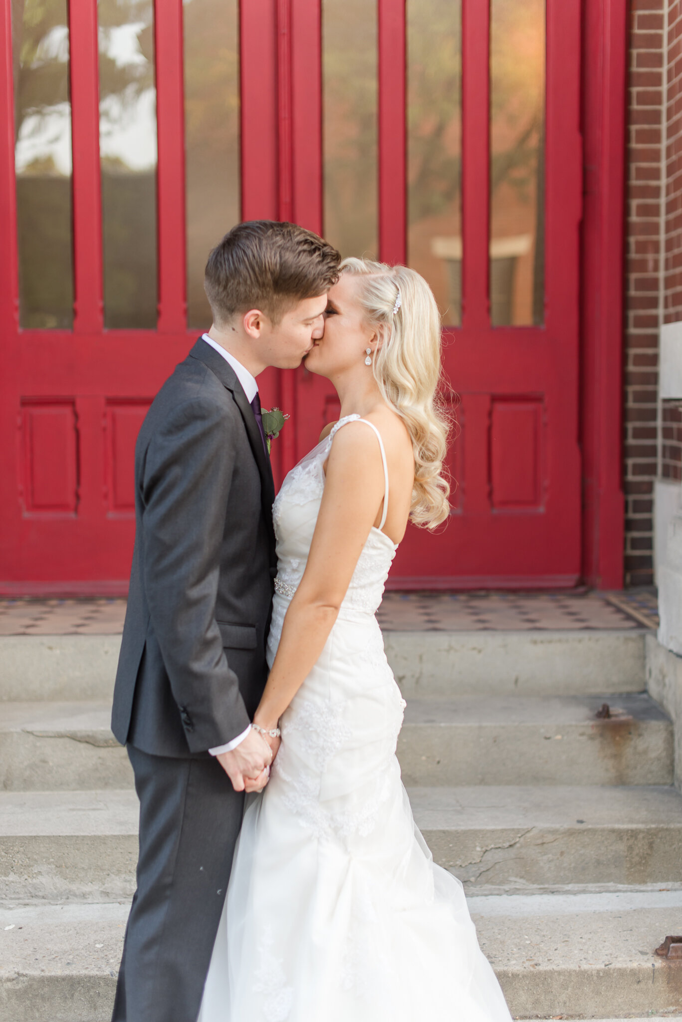 Downtown Indianapolis Wedding at Cyrus Place8330.jpg