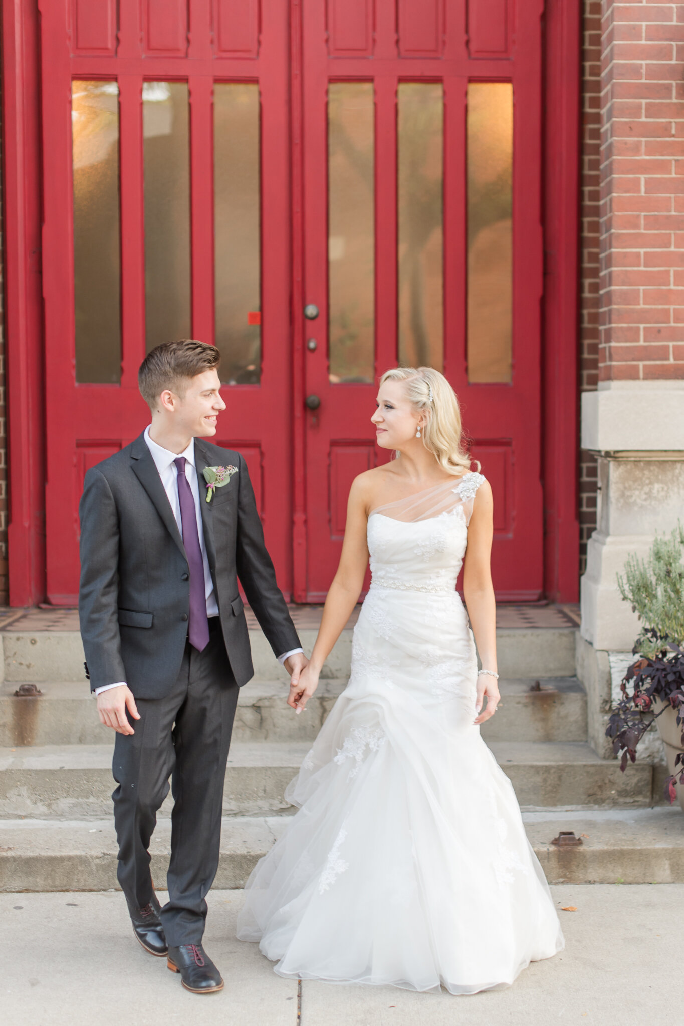Downtown Indianapolis Wedding at Cyrus Place8348.jpg