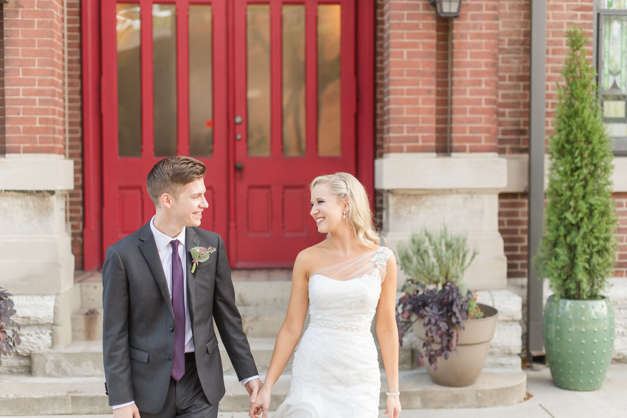 Downtown Indianapolis Wedding at Cyrus Place8354.jpg