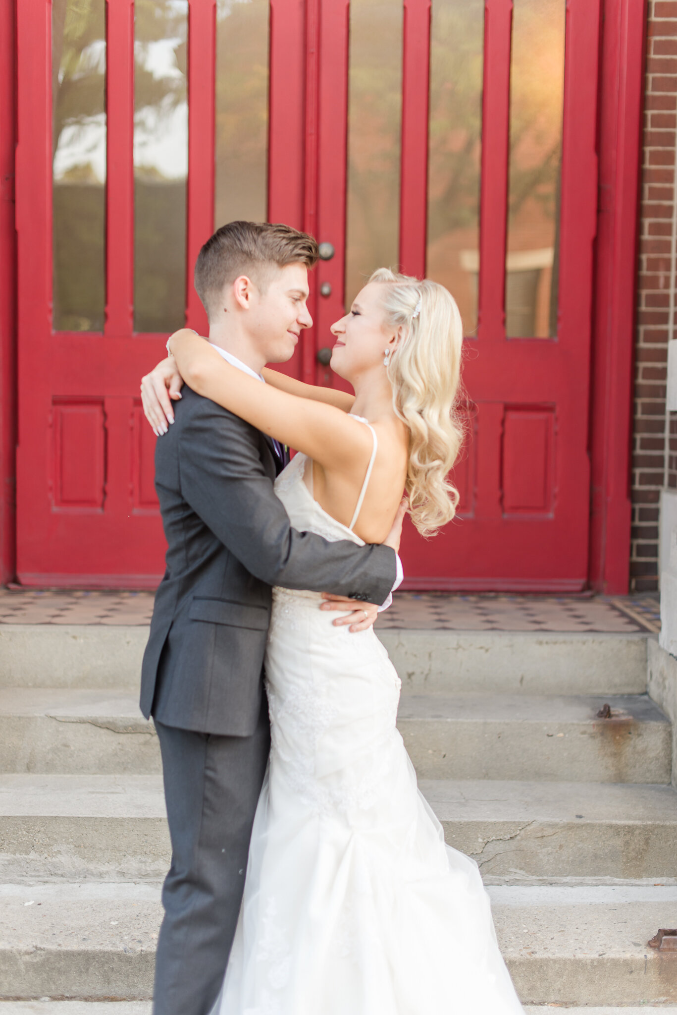 Downtown Indianapolis Wedding at Cyrus Place8396.jpg