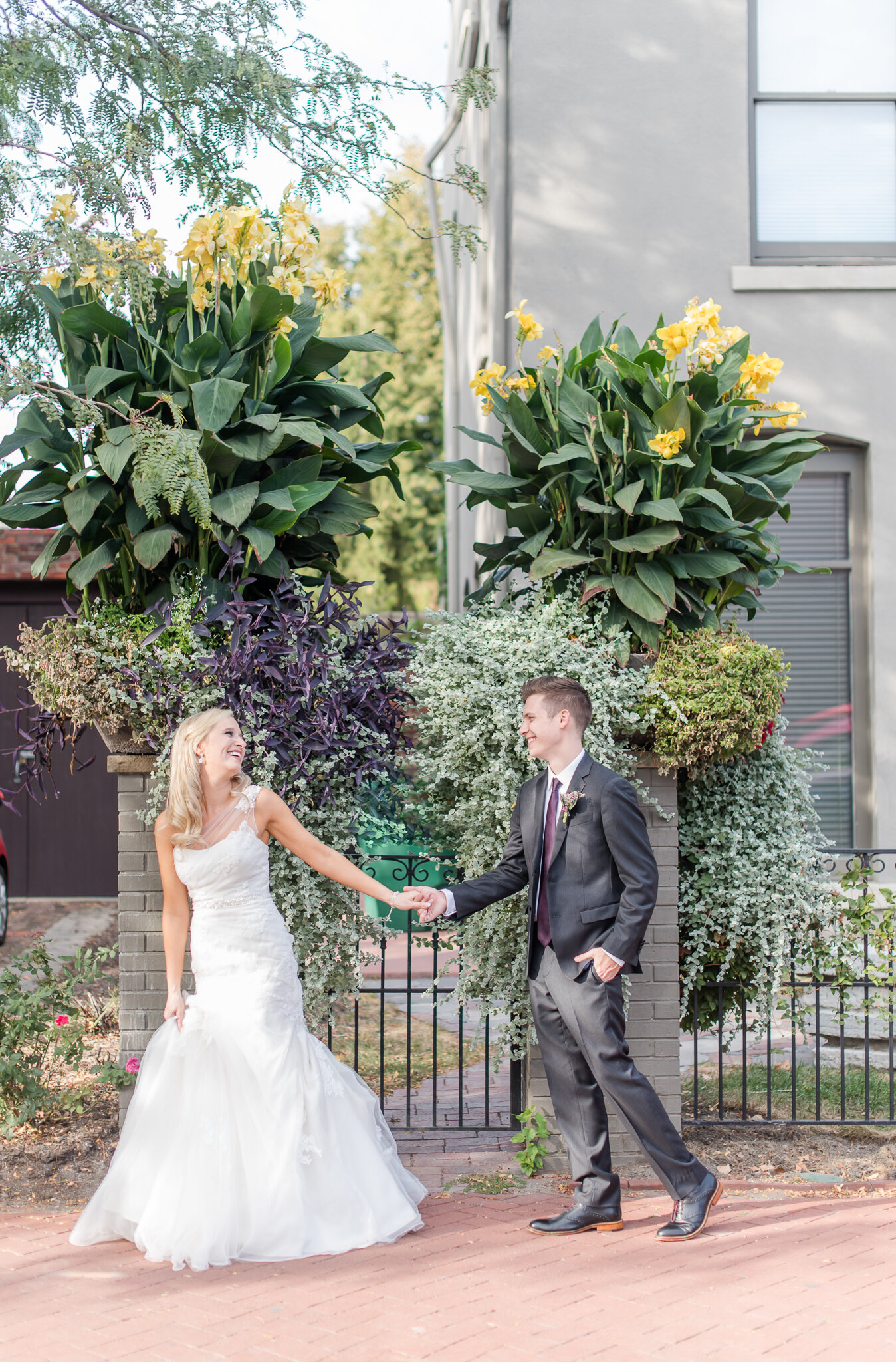 Downtown Indianapolis Wedding at Cyrus Place8585.jpg