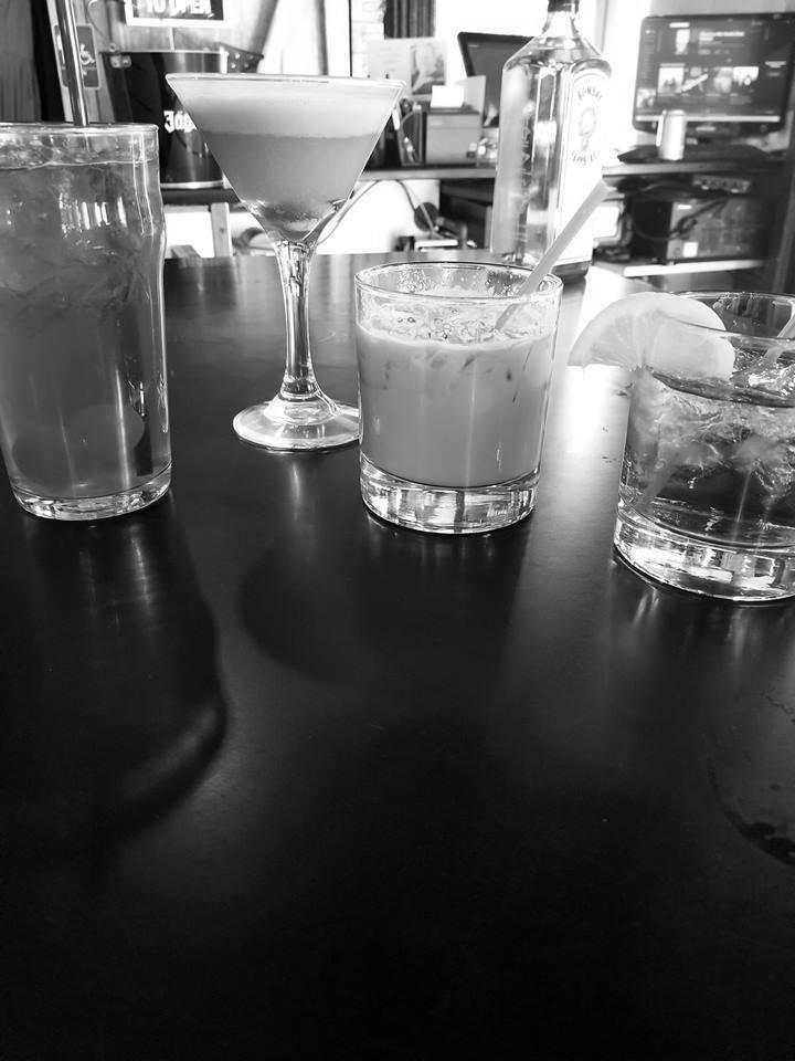 specialty-drinks-bar-in-janesville-BW.jpg