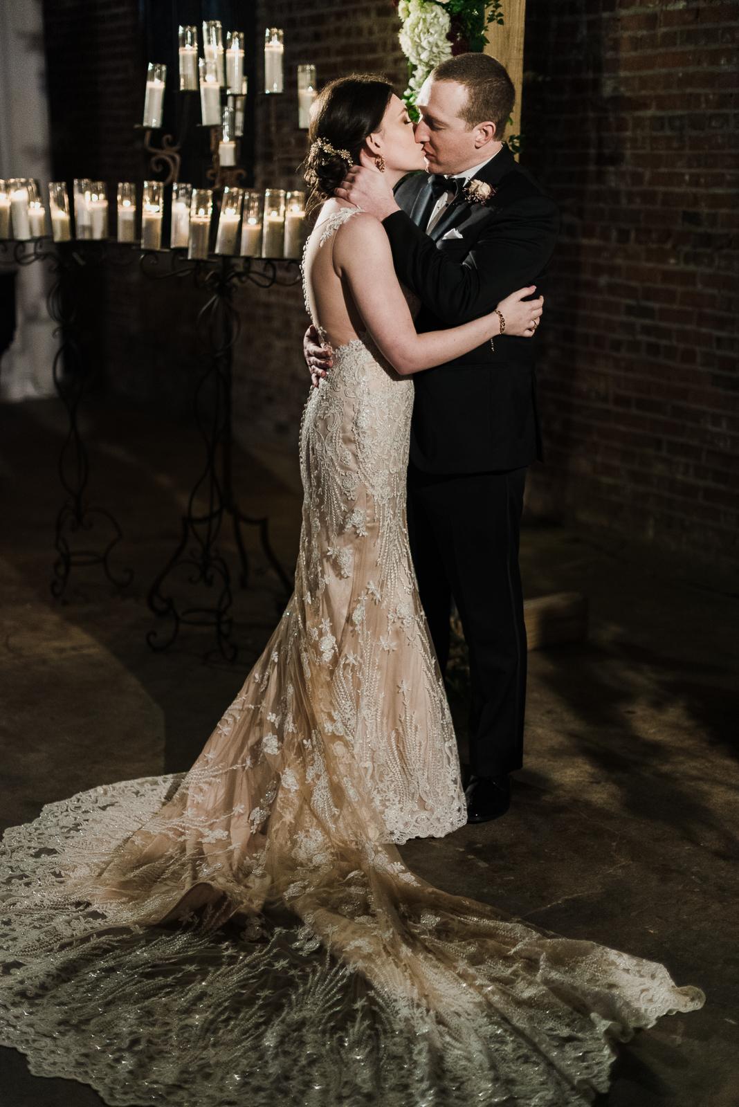 Joie_Thomas_JacksonMS_Wedding-9.jpg