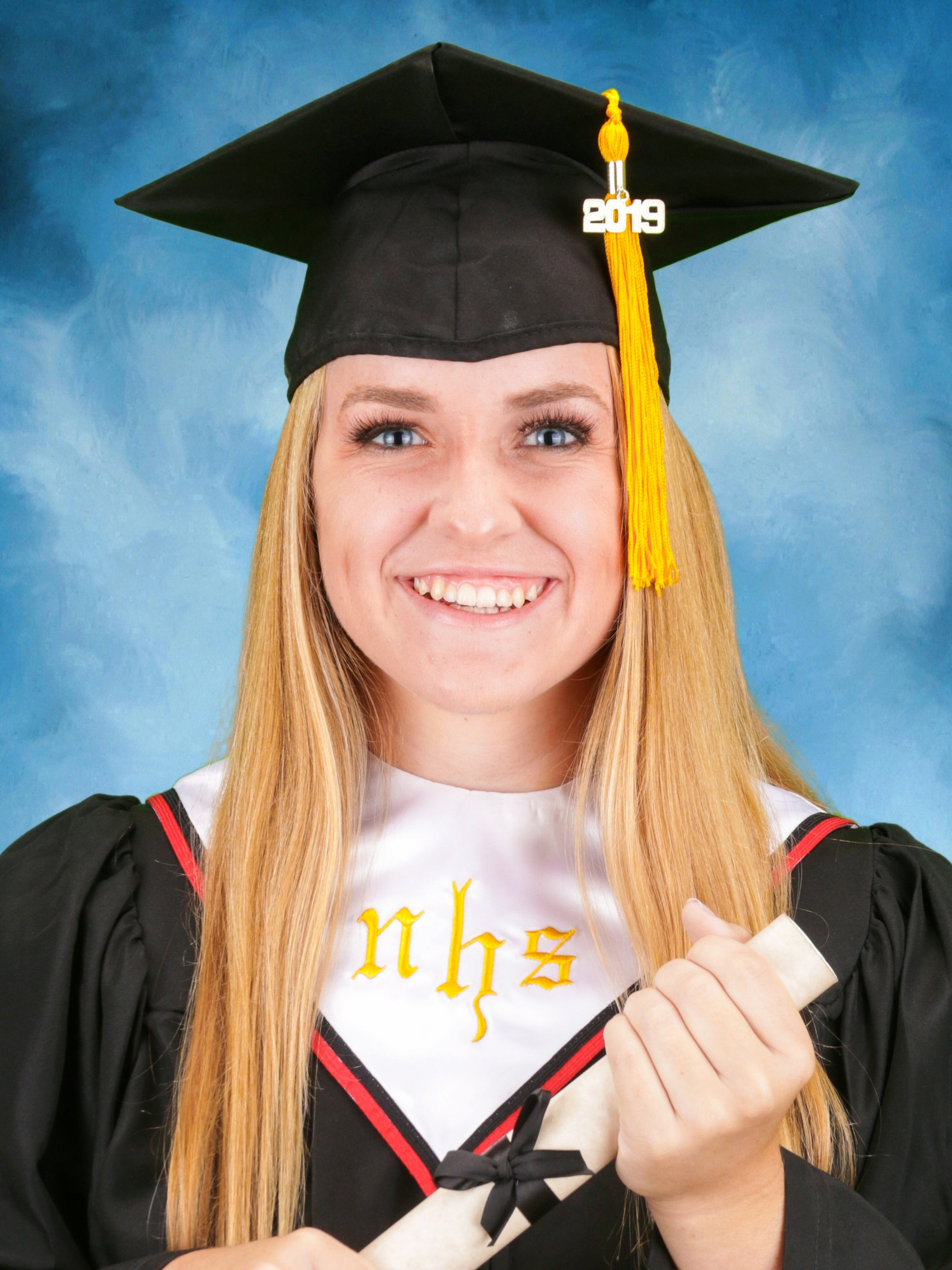 """""""The way I was able to graduate earn my my associates degree at the same time as my high degree was because of on-line learning."""" - – Haley Wadsworth"""