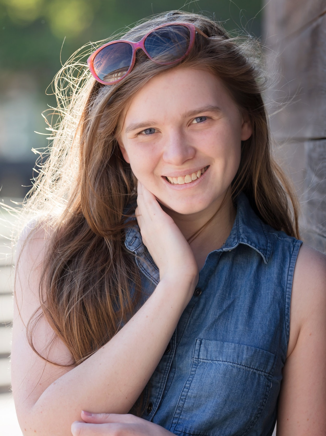 """""""online school has completely changed my life"""" - – Anna Easterday"""
