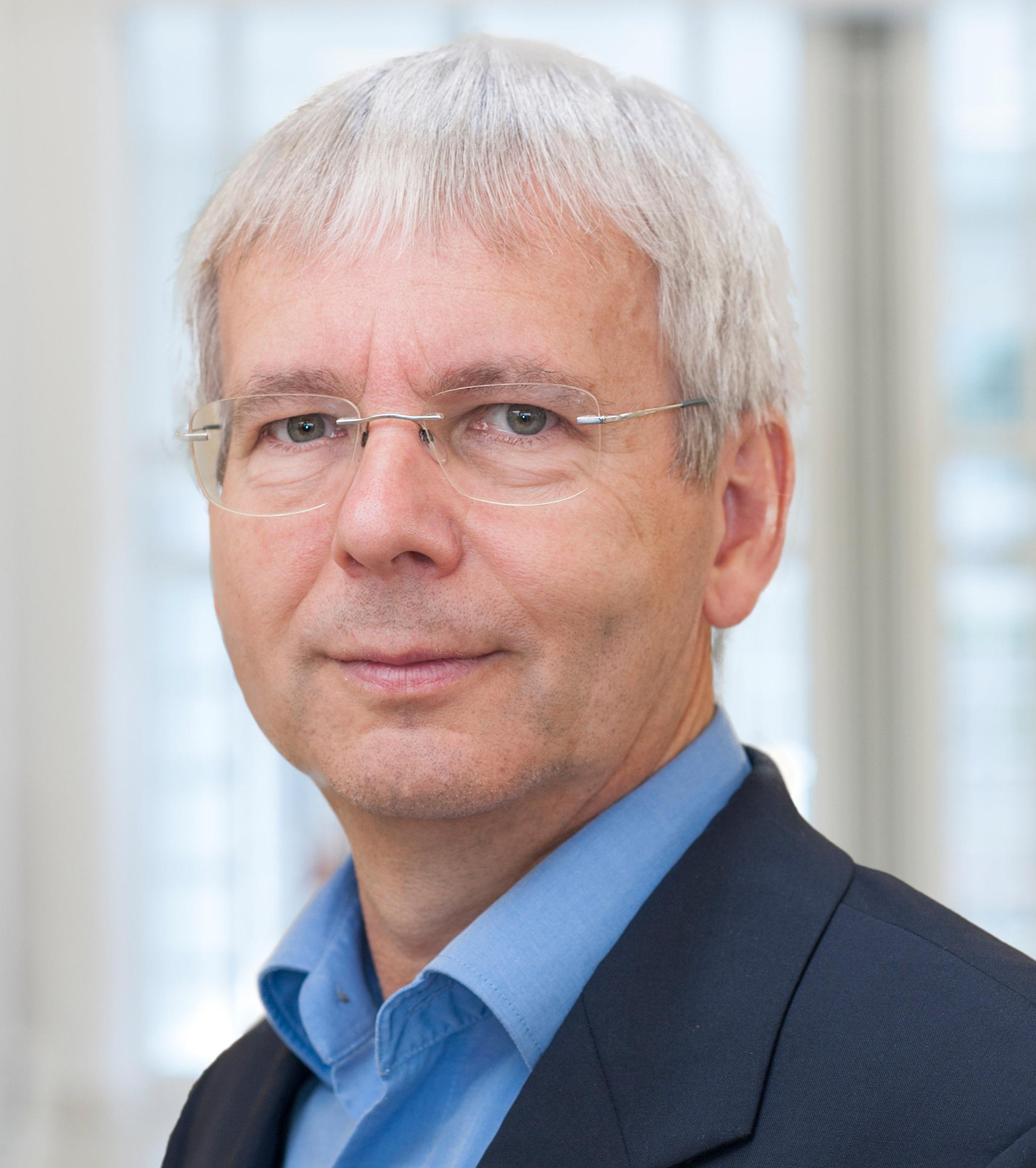 Dr. Ralf Küppers   University of Duisburg-Essen, Germany