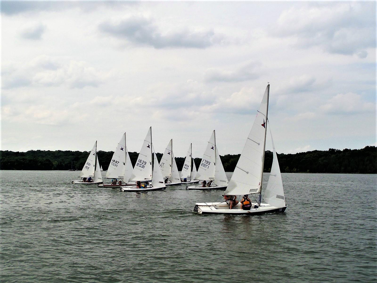 The fleet getting into formation, starting a race!