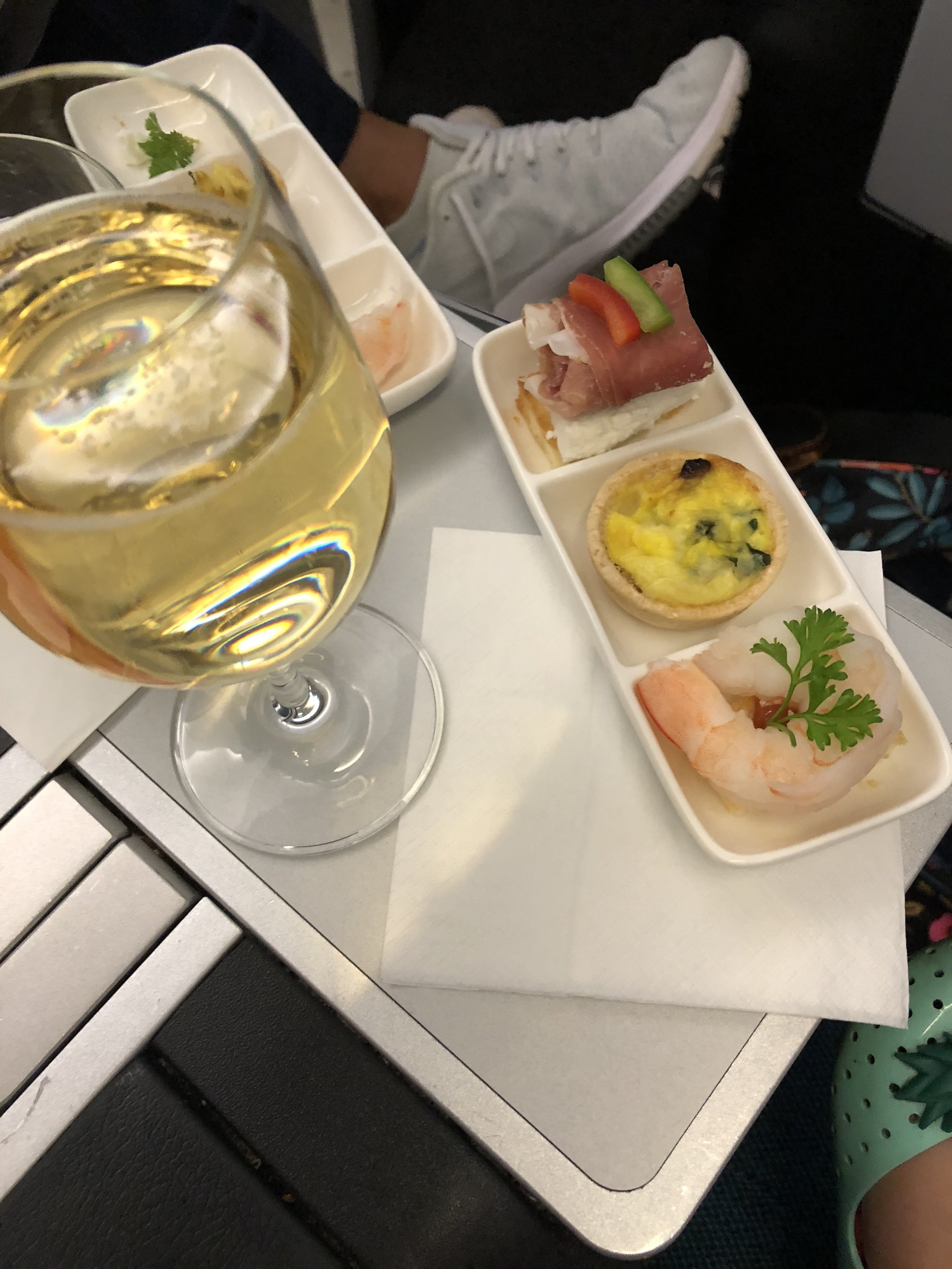 Starters & sparkling wine