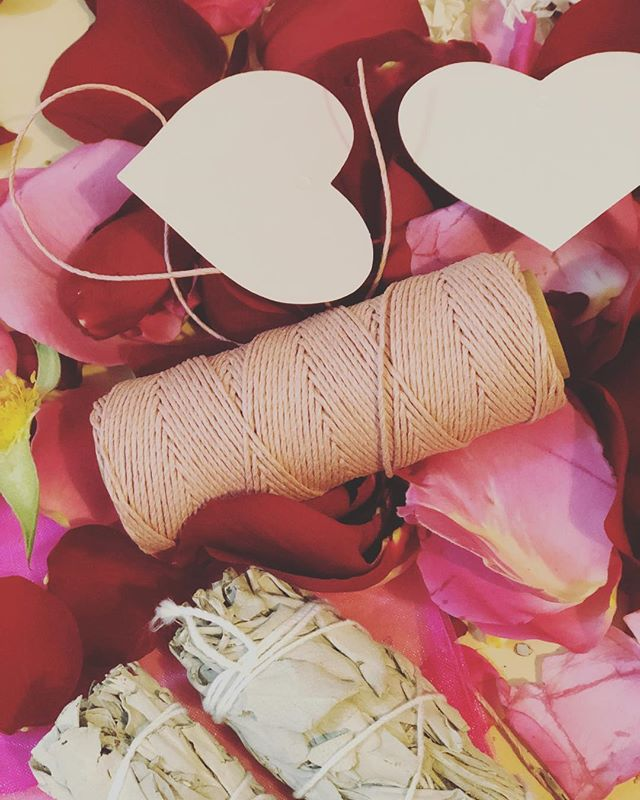 tings are happening for the valentines pop up! @popupboone @hatchetcoffee #smudgethatexaway #love #thatnewnew #witchesofinstagram #crystals #flowers #roses