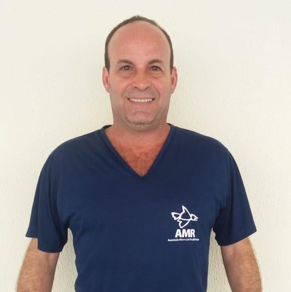 Guilherme Sette  Educador Físico. Esporte Terapia. Master Practitioner em PNL