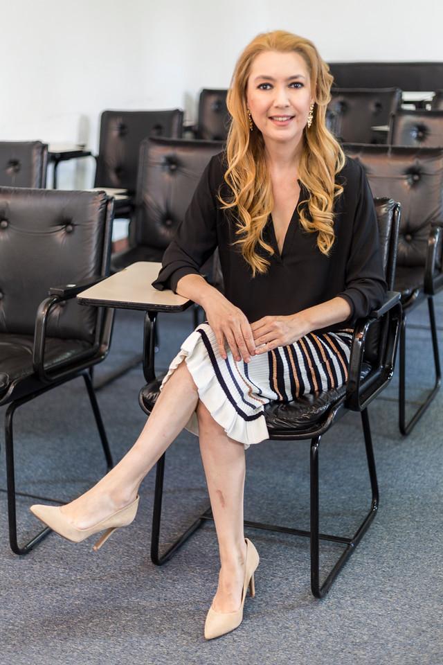 Debora Lima  Médica Master Practitioner e Trainer em PNL