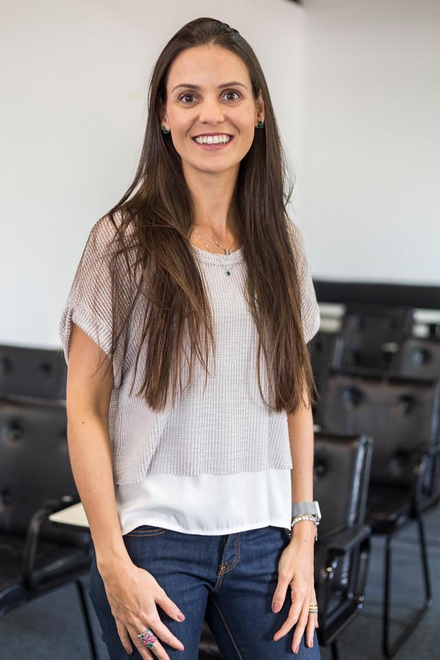 Renata Lima  Psicóloga. Master Practitioner em PNL