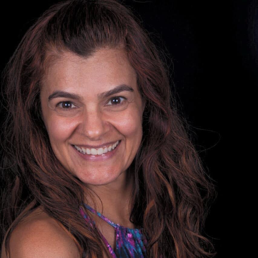 Marta Ribeiro  Psicoterapeuta, Master Coach, Master Practitioner em PNL