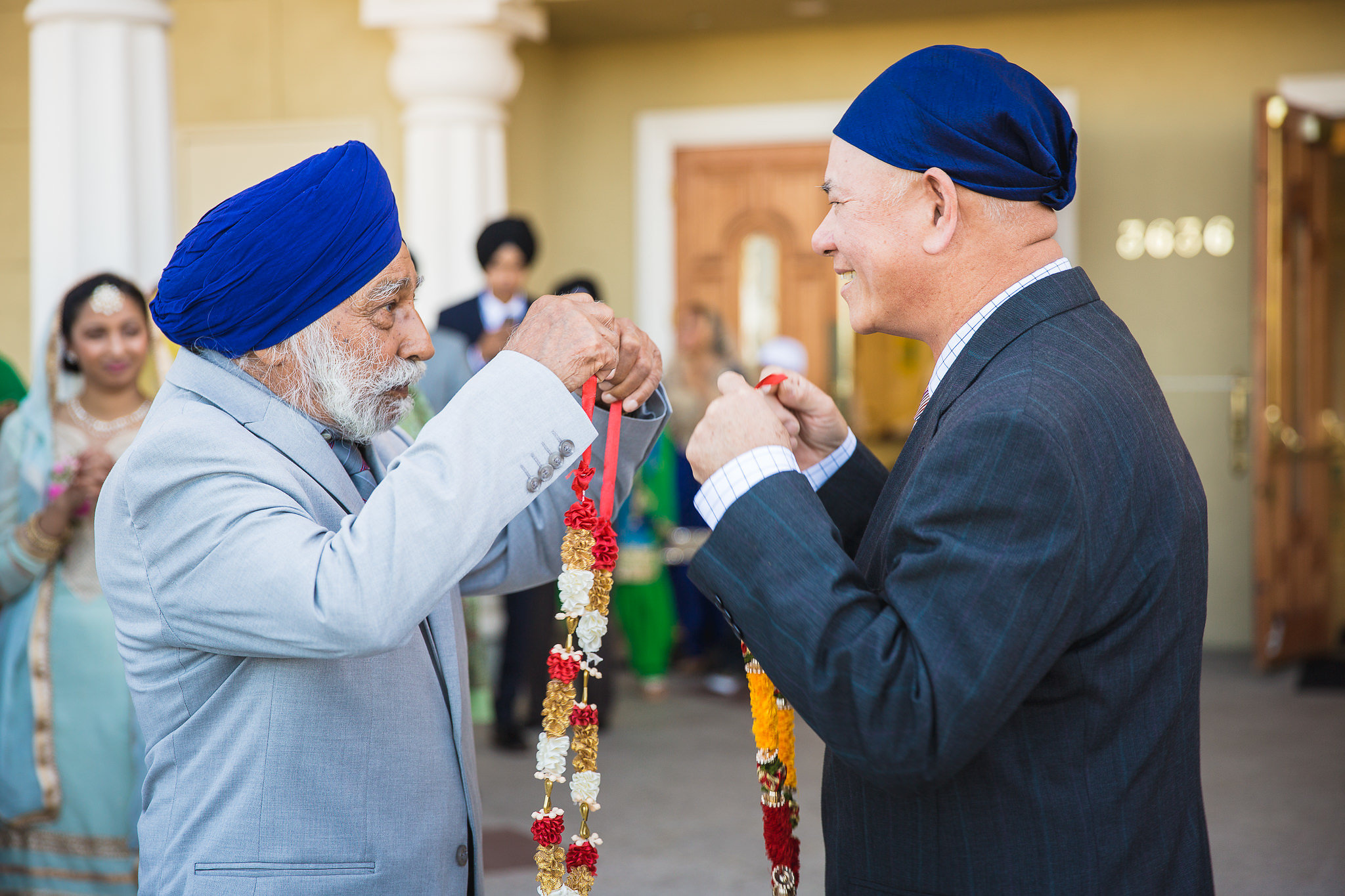Following the Barat was the Milni. Family members from both sides welcomed and offered each other floral garlands.