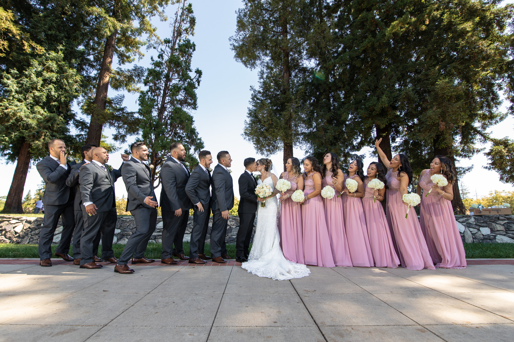 Liz and Kevin Wedding Day Teasers-24.jpg