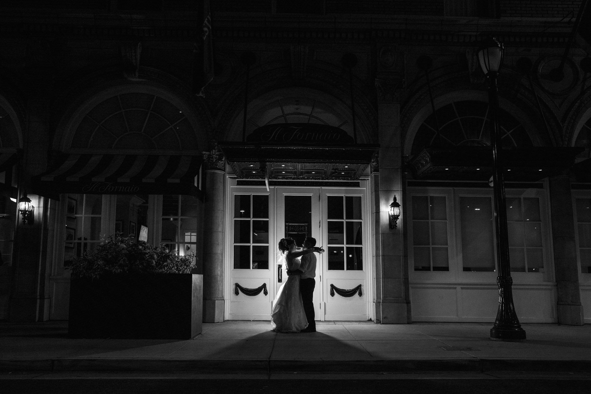 Liz and Kevin Wedding Day Teasers-89.jpg