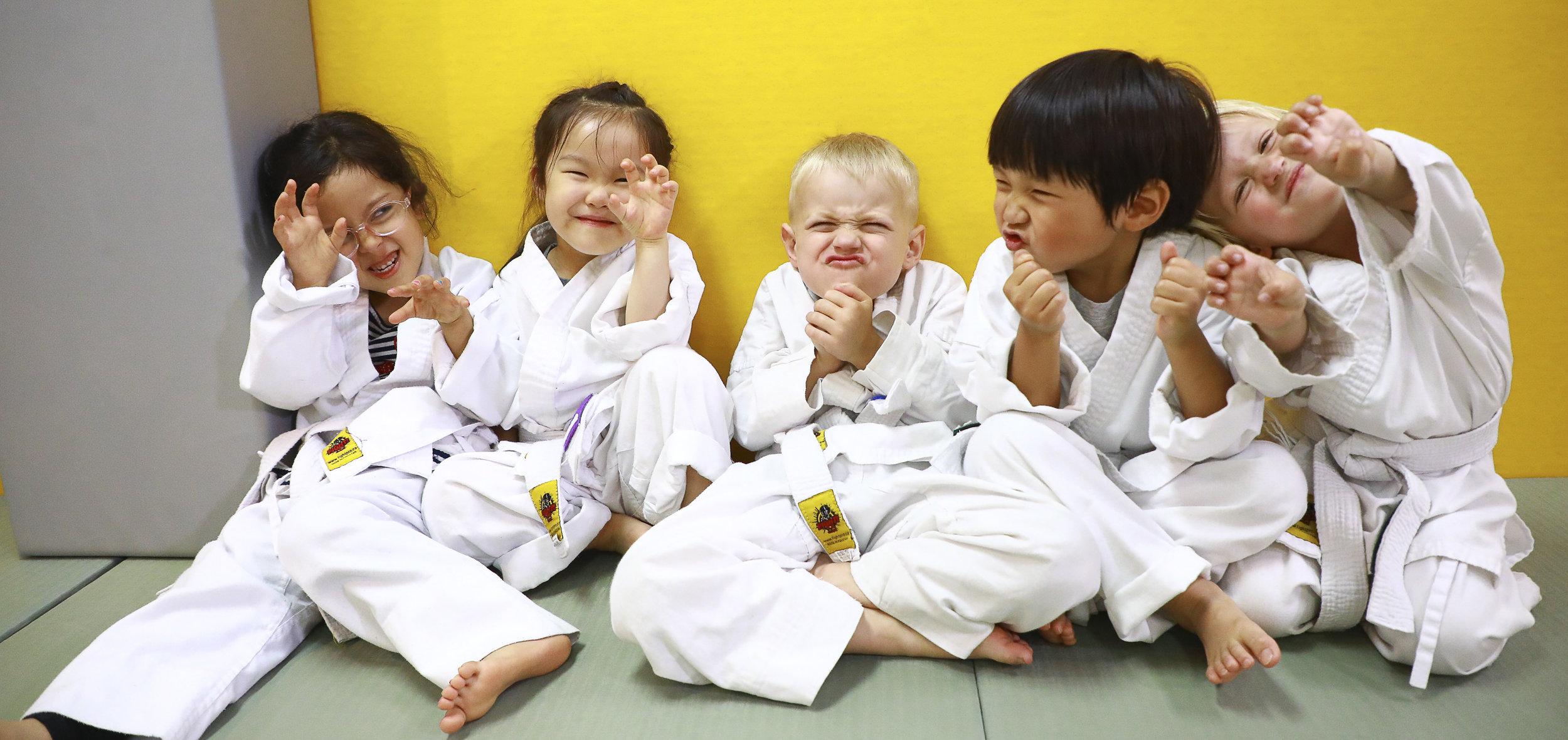 Kinder Jitz: 4-6 yrs