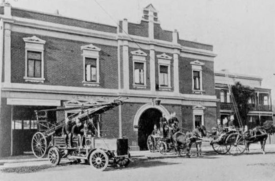 Windsor Fire Station No. 35, known at this time as Prahran No. 27. Fire Services Museum collection.