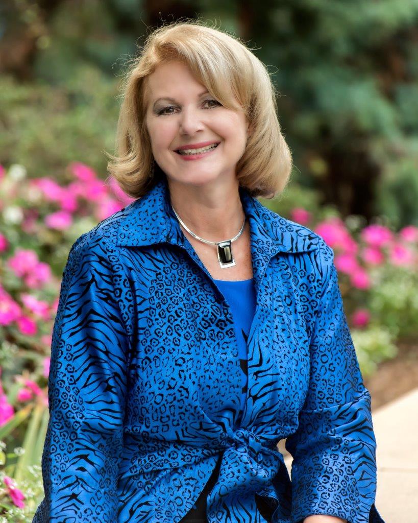 Marilyn Hannes, Pres. SeaWorld.jpg