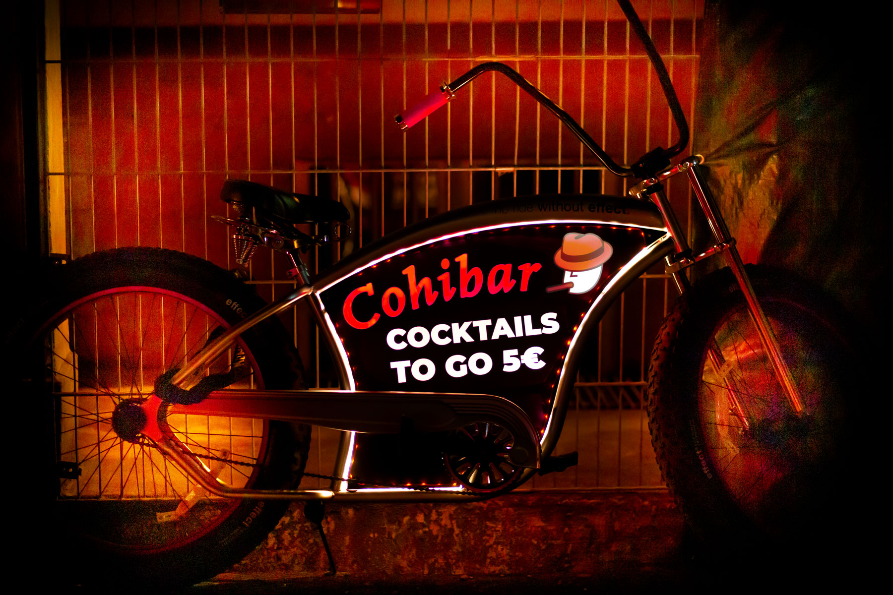 CohiBike-LitBike-LED-Fahrrad-Werberad-Werbefahrrad-ohne-logo.jpg