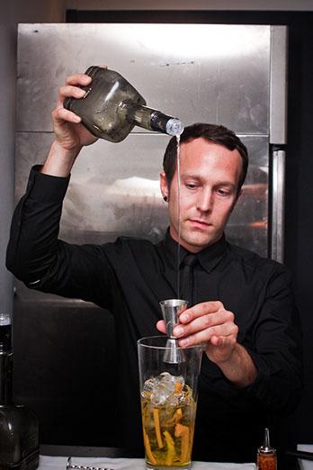 lamborghini event - bartender pouring cocktail-u4974-fr.jpg