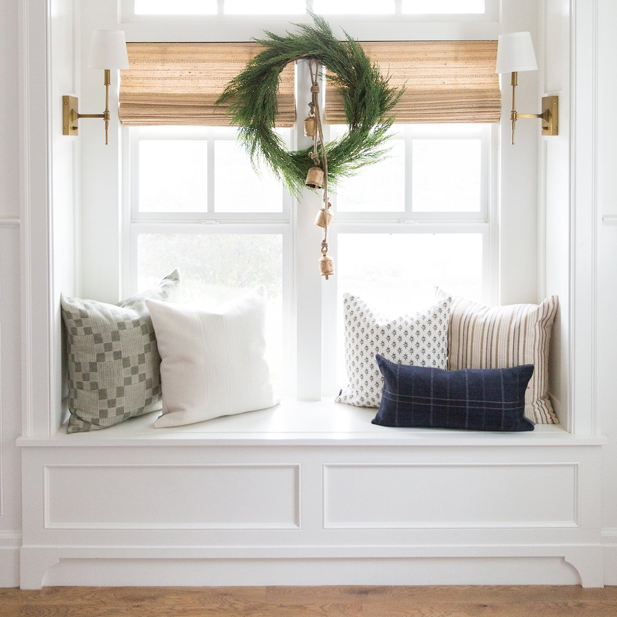 WindowSeat_Holiday.jpg
