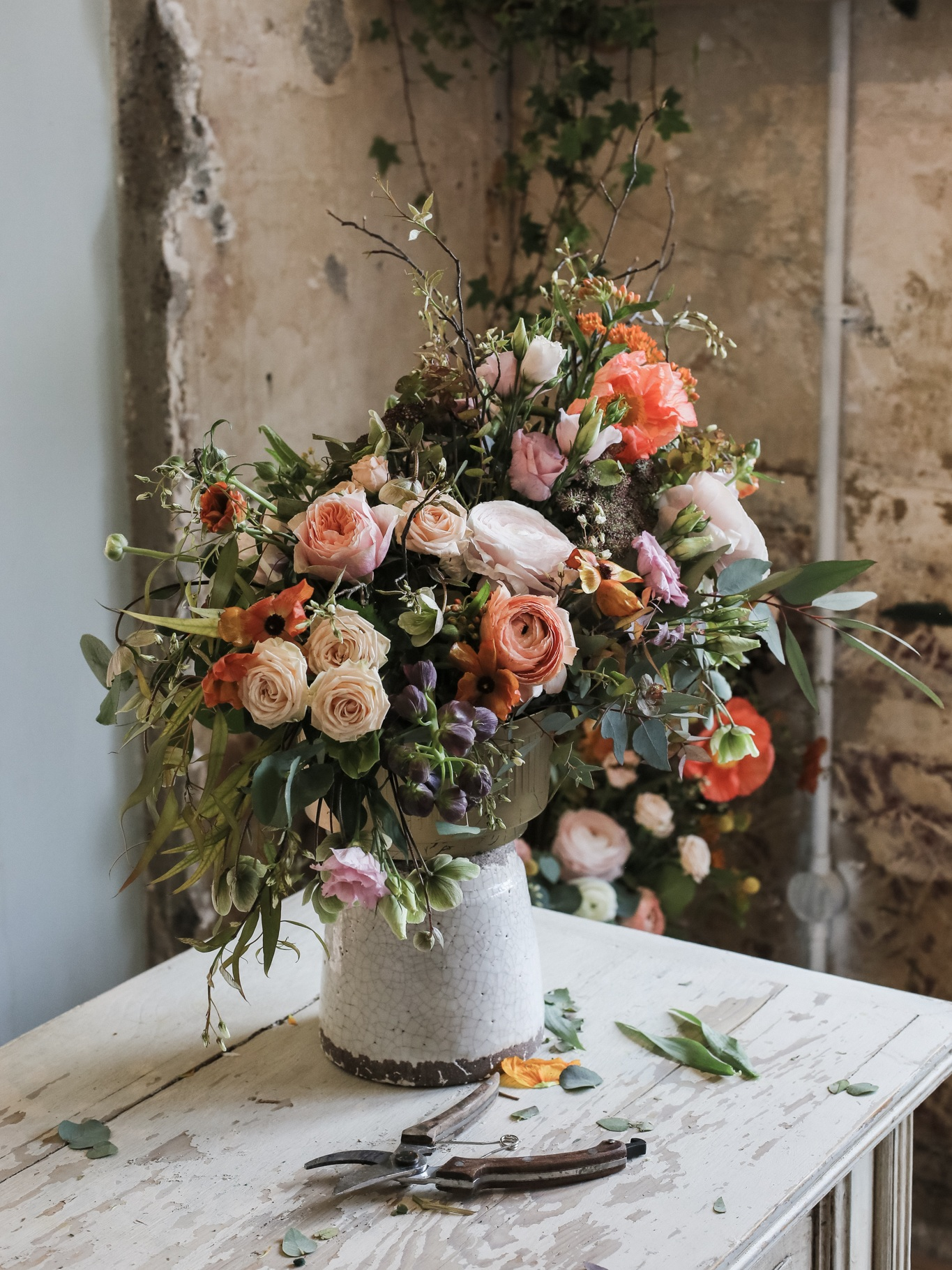 Autumnal Workshop - We held a floristry workshop for those wanting to create a beautiful autumnal arrangements with their own hands and get inspired. All attendees took home a beautiful composition and enjoyed a wonderful afternoon with an amazing team. Read full story…