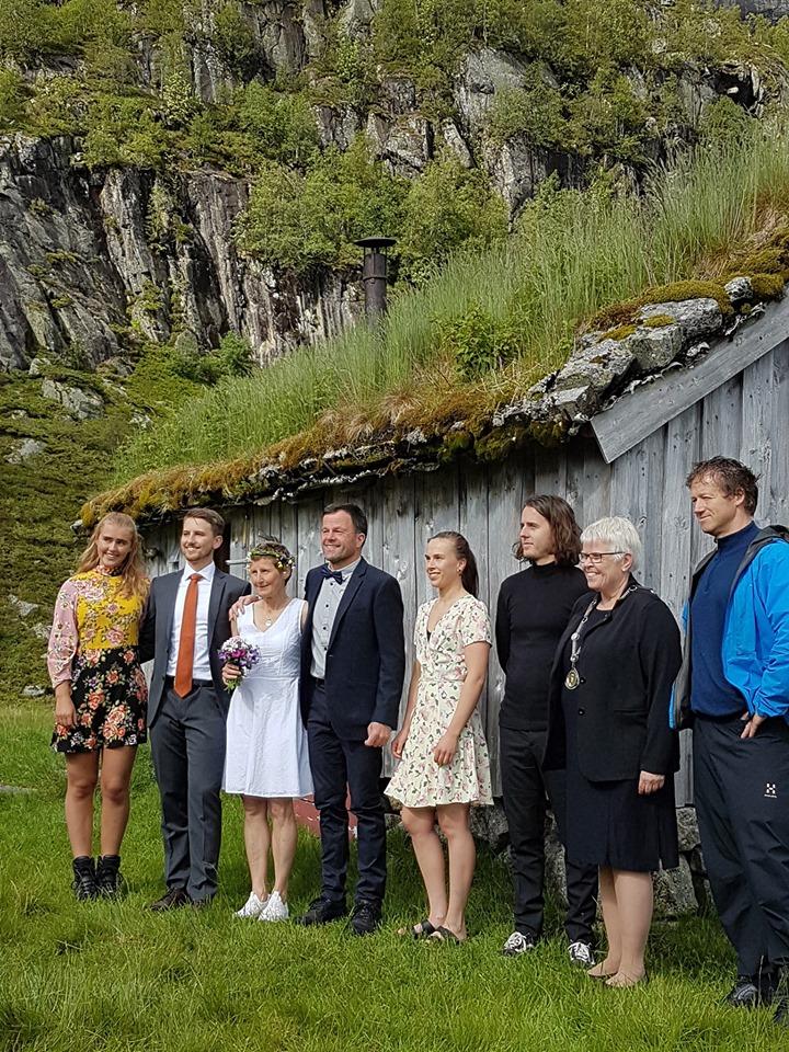 Forloverne som er alle våre barn tilsammen. Ordfører i Suldal kommune, Gerd Helen Bø som er svigerinne til Olav Martin.