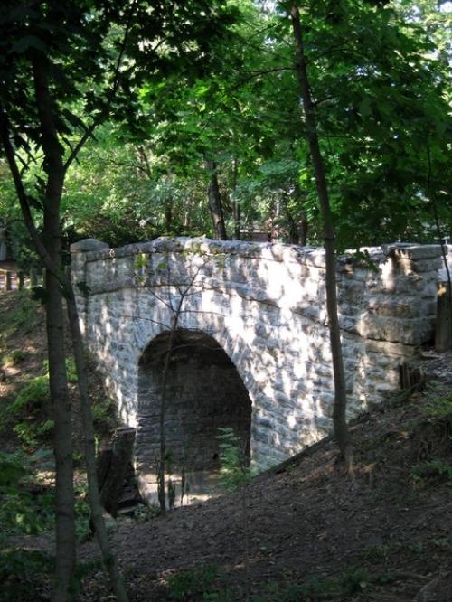The 'Rustic Bridge' next to the ravine.